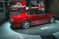 2005 Acura RL image.