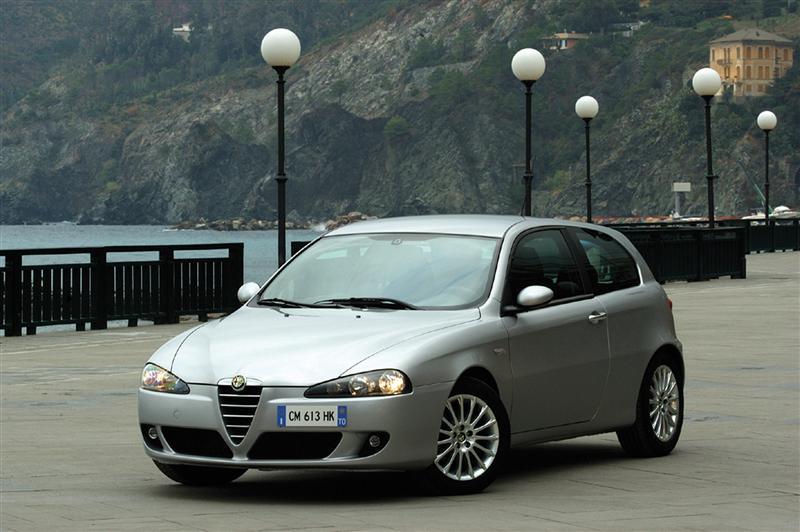 2004 Alfa Romeo 147 Image