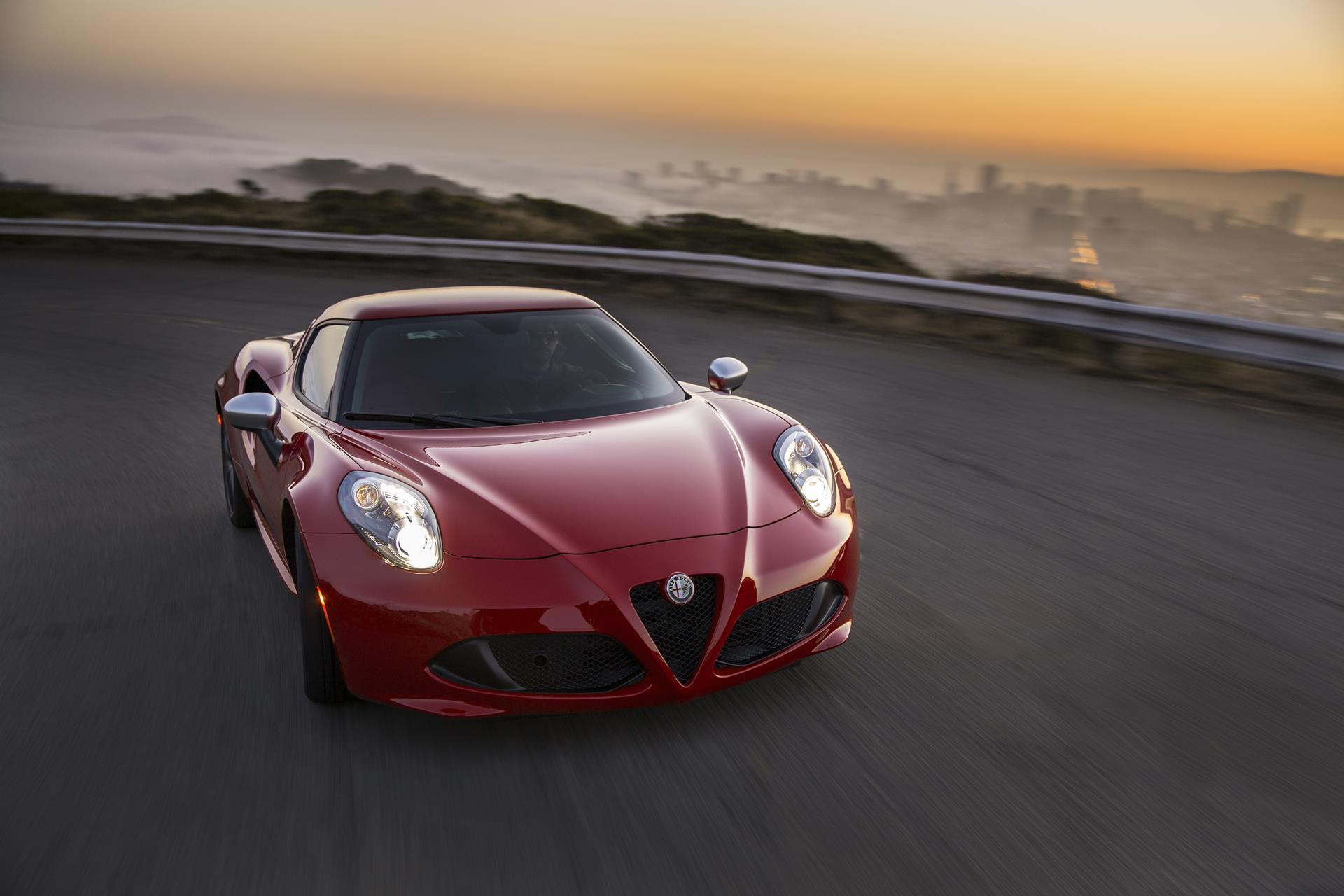 2017 alfa romeo 4c technical specifications and data engine dimensions and mechanical details. Black Bedroom Furniture Sets. Home Design Ideas