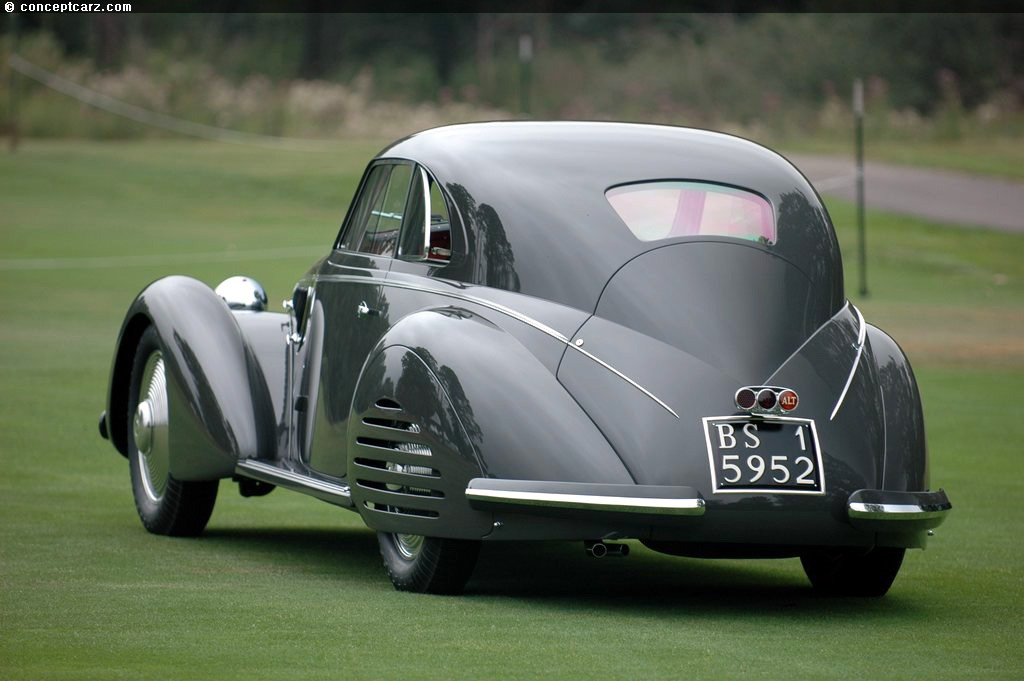 1938 alfa romeo 8c 2900b at the meadow brook concours d 39 elegance. Black Bedroom Furniture Sets. Home Design Ideas