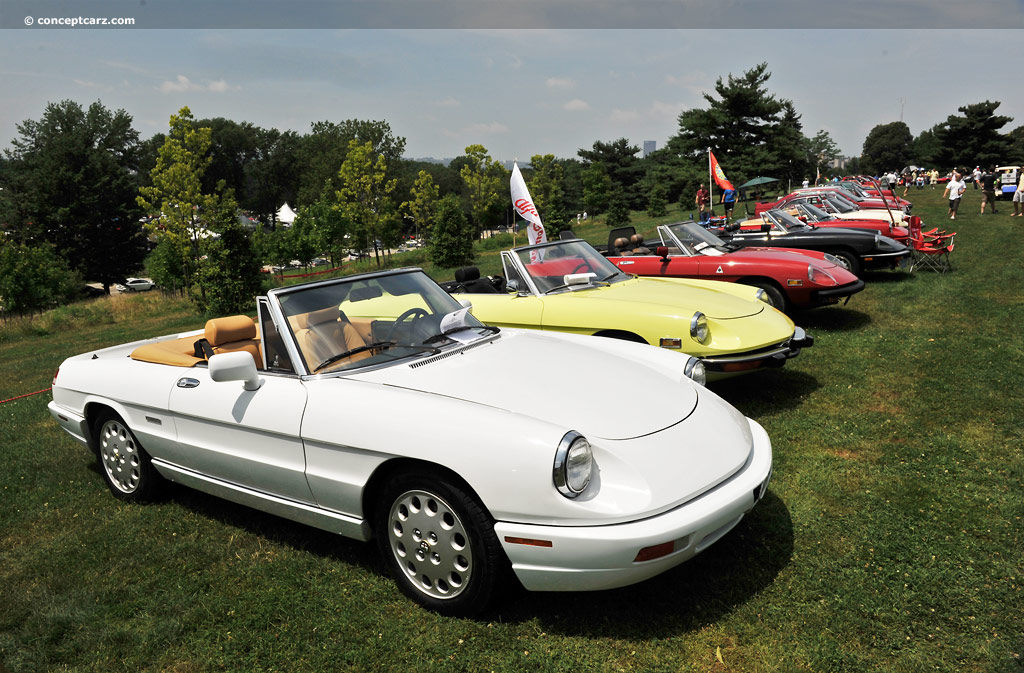 Watch together with Mercedes Sl500 Amg R129 1989 2001 3d Model likewise 1991 Alfa Romeo Spider photo as well 2013 Juke nismo likewise 2012 918 spyder prototype. on 2000 mercedes 500sl convertible