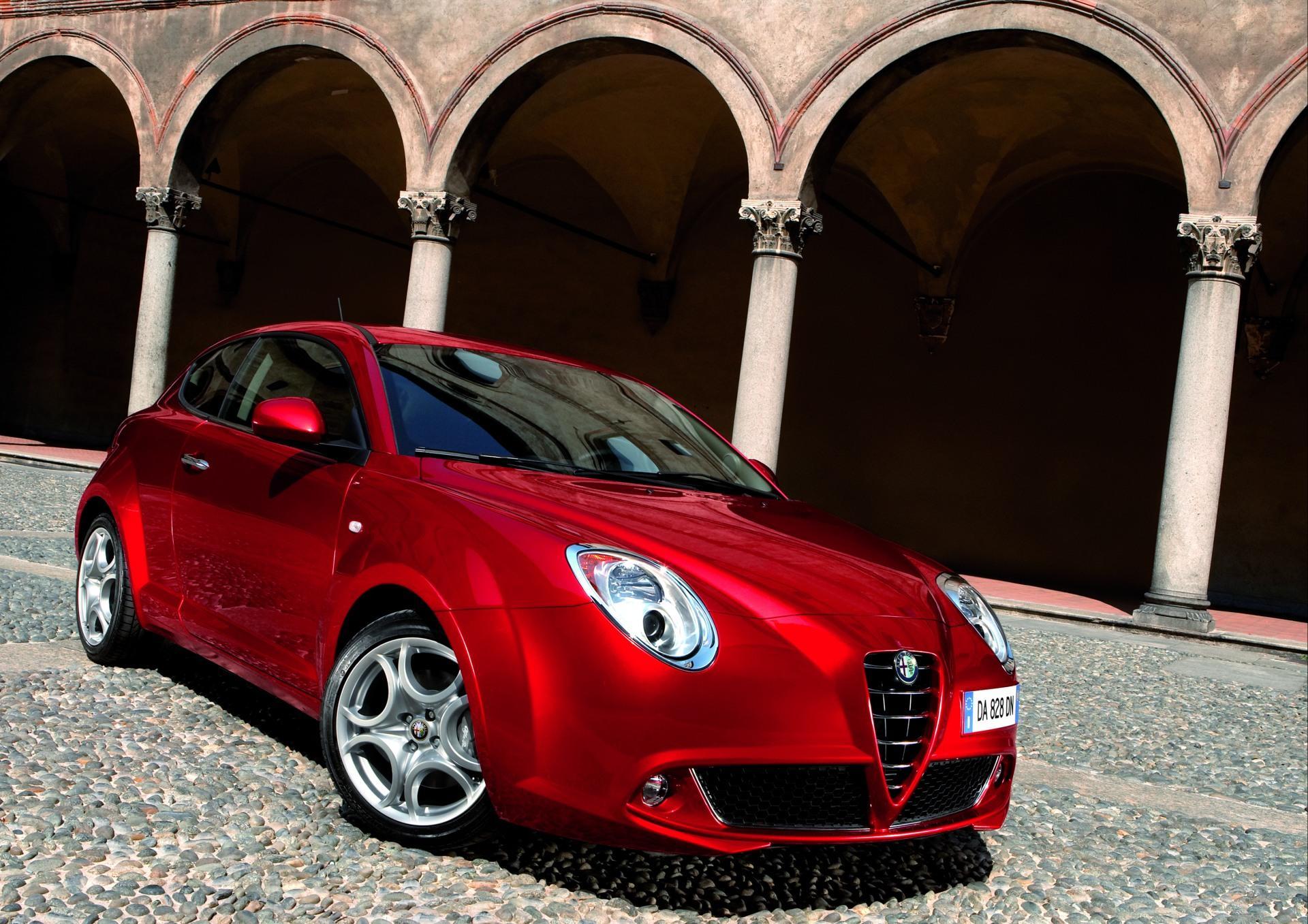 Alfa Romeo Бордовая  № 2426425 без смс