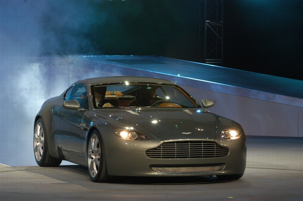 2007 aston martin v8 vantage. Black Bedroom Furniture Sets. Home Design Ideas