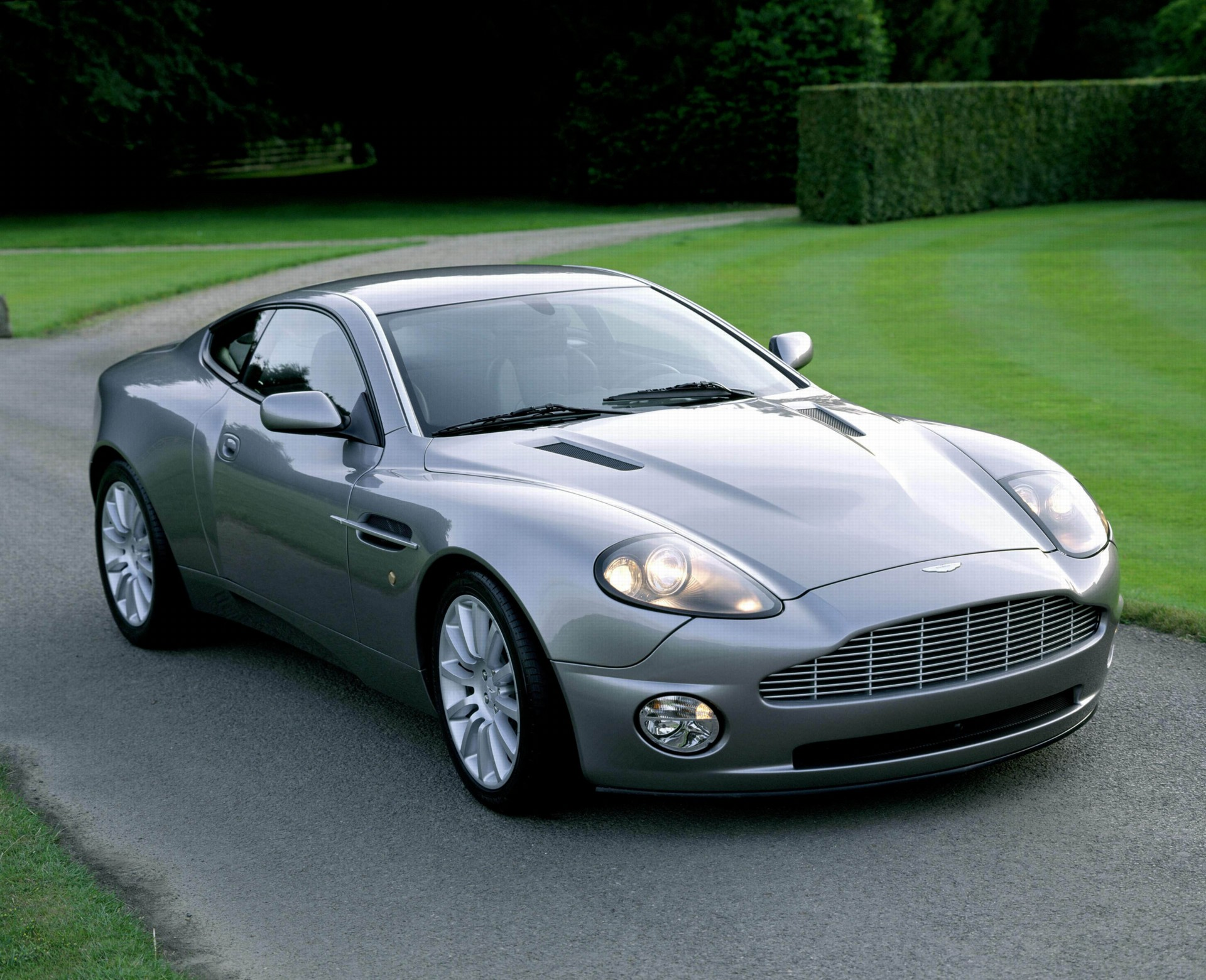 2007 Aston Martin Vanquish S Pictures, History, Value