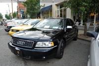 2001 Audi S8 image.