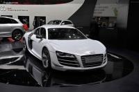 2011 Audi R8 GT image.