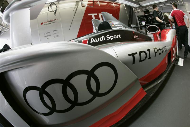 2010 Audi R15 plus TDI
