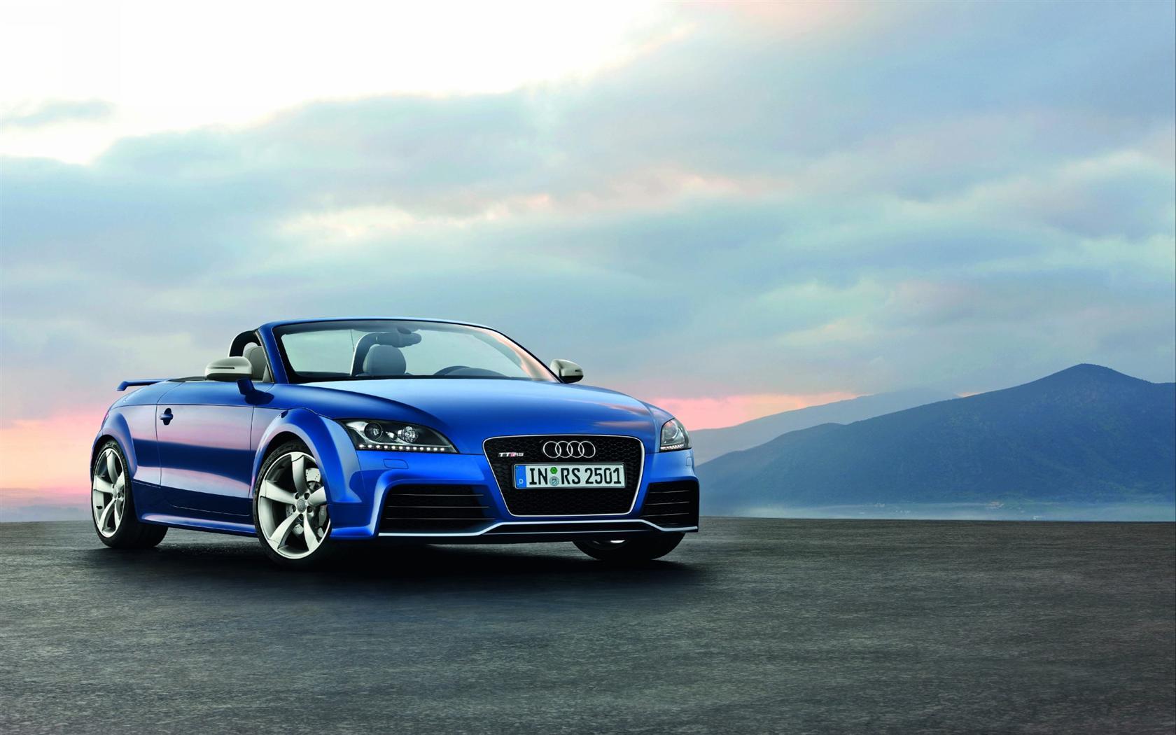 2010 Audi TT RS Image
