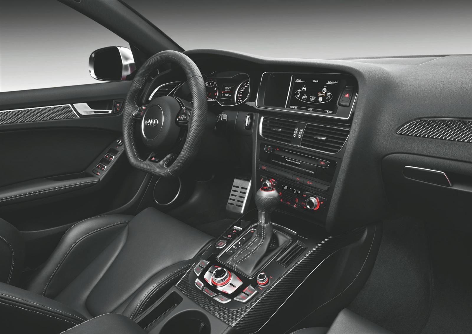 2012 Audi RS 4 Avant Image