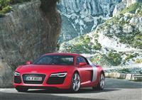 2013 Audi R8 image.