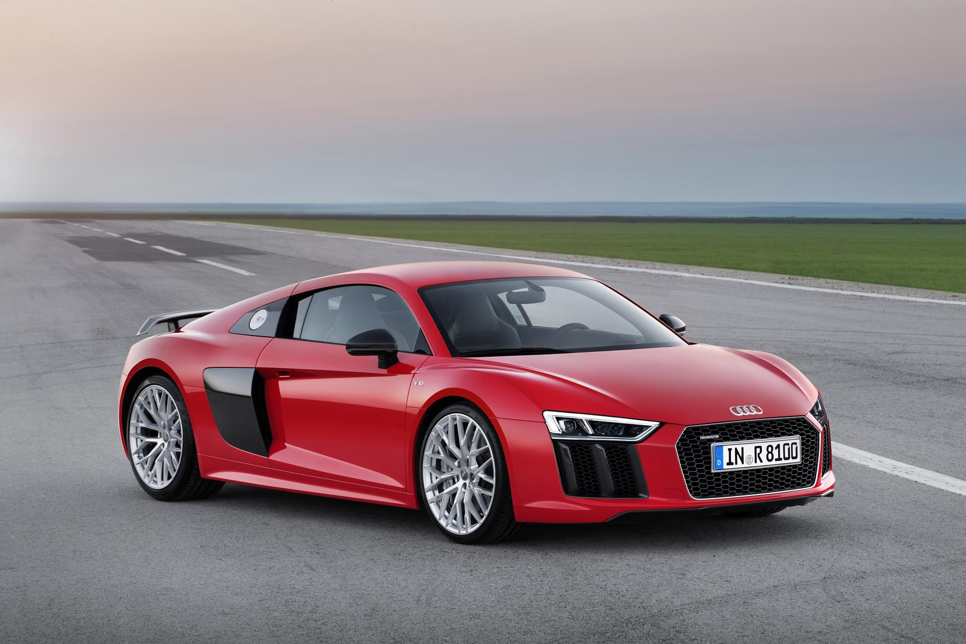 2016 Audi R8 V10 plus Images. Photo Audi-R8-V10-Plus-Coupe-15-01.jpg