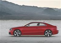 2013 Audi RS5 image.