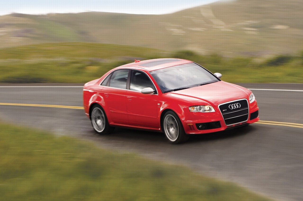 2007 Audi RS4 Image