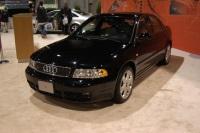 2004 Audi A4 image.