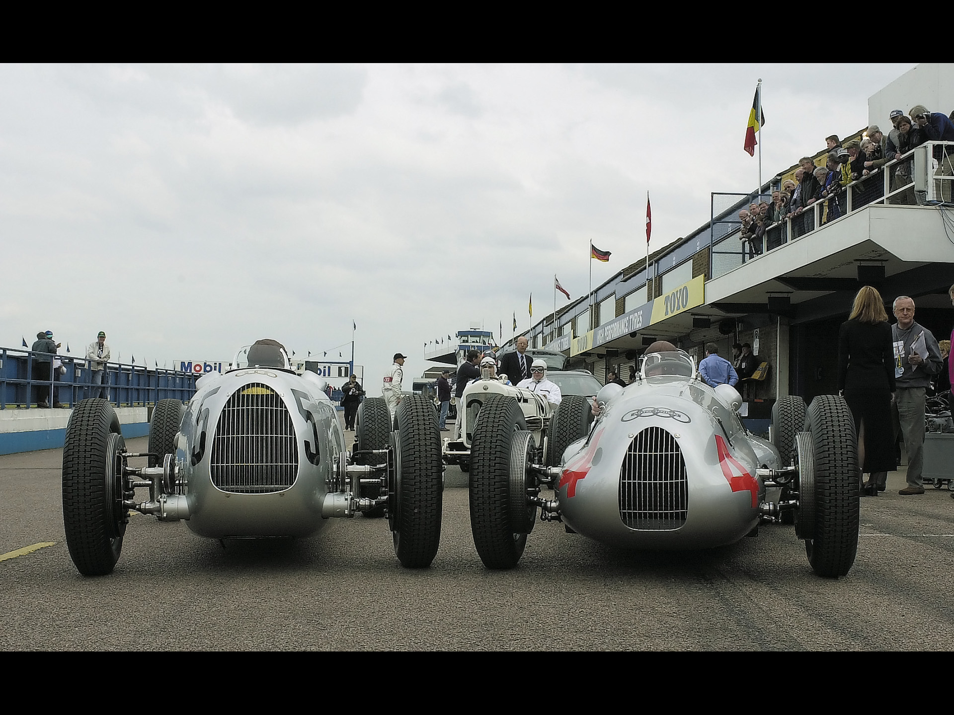 Auto Union Type D Manu on Mercedes Benz Autonomous Car
