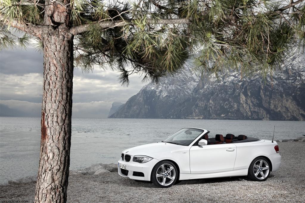 2011 bmw 1 series convertible. Black Bedroom Furniture Sets. Home Design Ideas