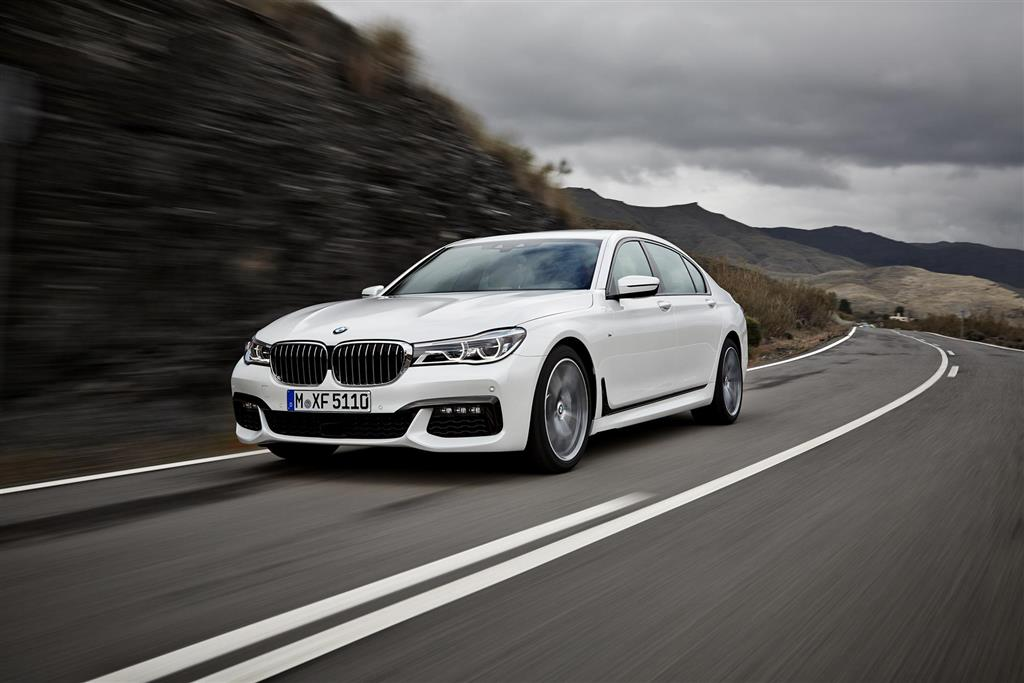 BMW 7-Series pictures and wallpaper