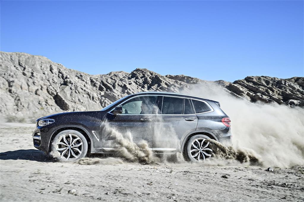BMW X3 pictures and wallpaper