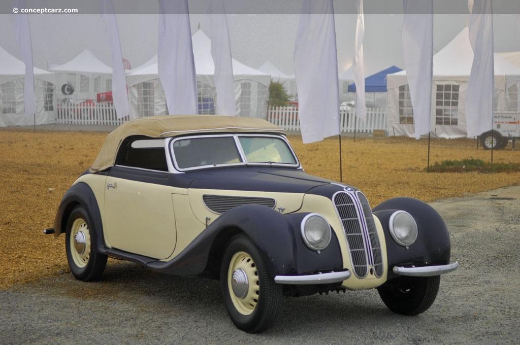 1938 Bmw 327 At The Concorso Italiano
