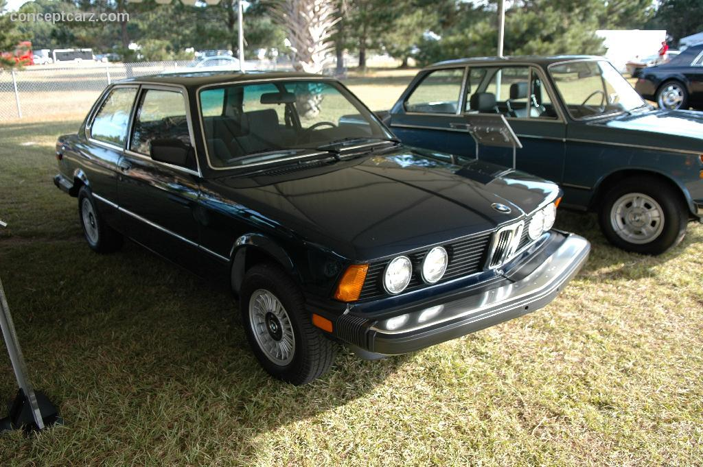 auction results and data for 1983 bmw 320i. Black Bedroom Furniture Sets. Home Design Ideas