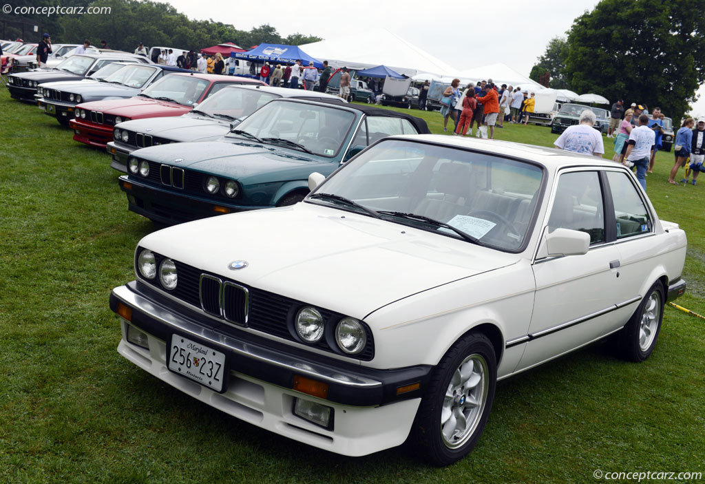 1987 bmw 325 conceptcarz com when launched on the market in 2005 the sedan was available in the versions bmw 330i bmw 325i bmw 320i and bmw 320d both the petrol and diesel engines
