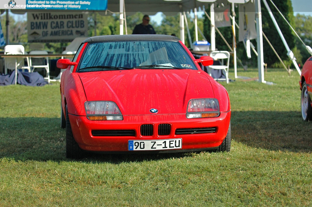 1990 bmw z1 at the pittsburgh vintage grand prix parade and shows. Black Bedroom Furniture Sets. Home Design Ideas