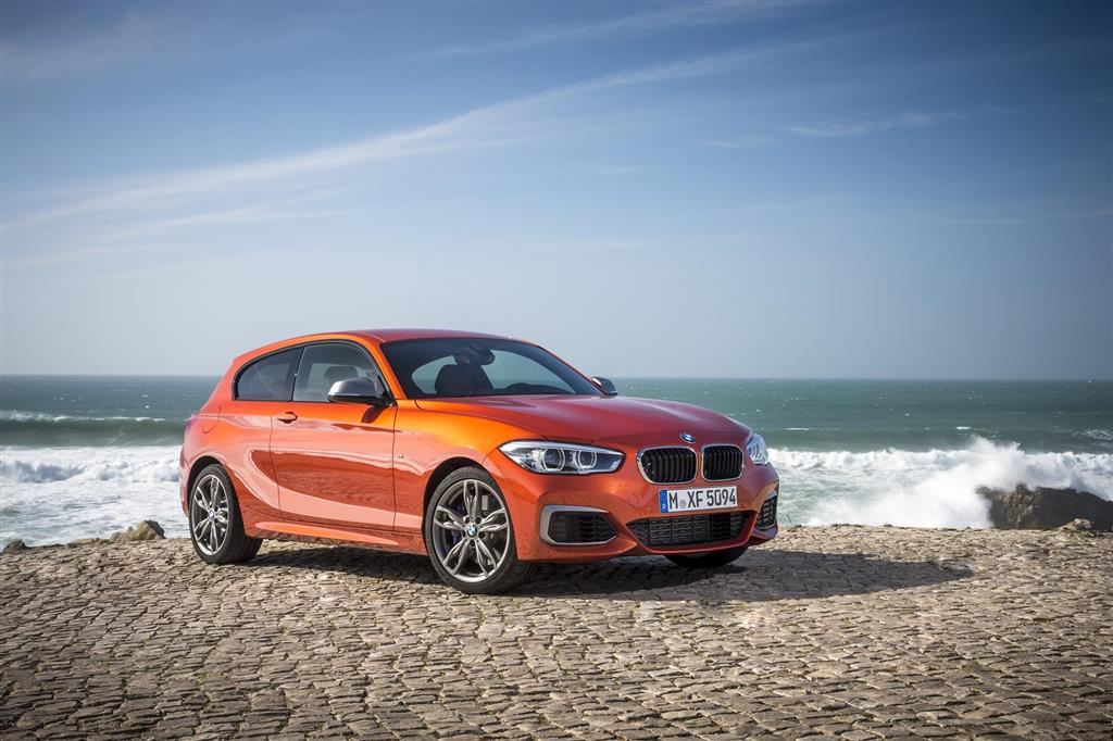BMW 1 Series pictures and wallpaper