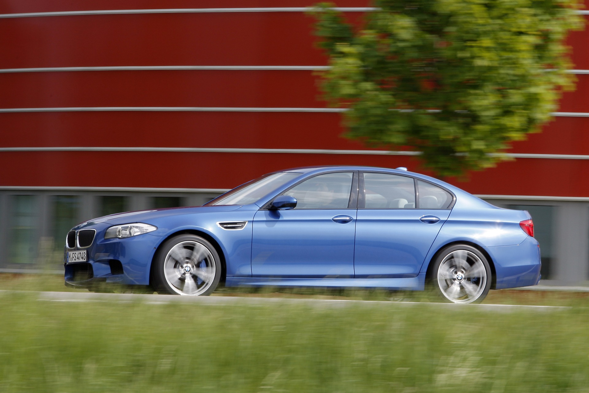 2012 bmw m5 technical specifications and data engine. Black Bedroom Furniture Sets. Home Design Ideas