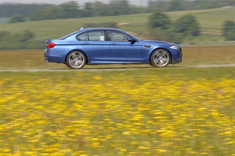 2012 BMW M5 Image