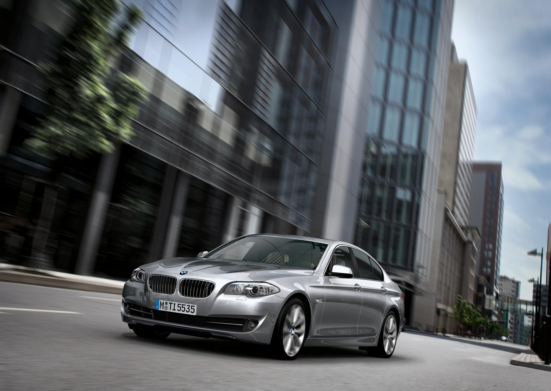 2011 BMW 5 Series Image