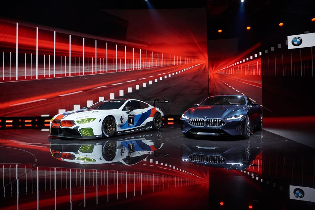 BMW M8 GTE pictures and wallpaper