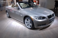 2007 BMW 3-Series Convertible image.