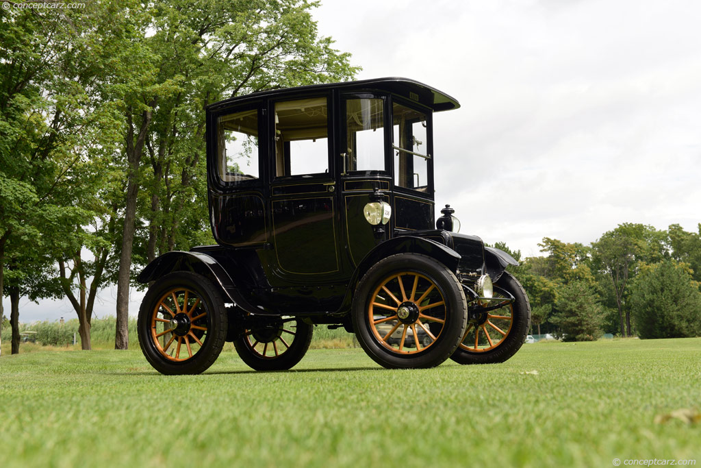 1911 baker electric at the concours d 39 elegance of america for Baker motors used cars