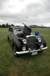 1952 Bentley R-Type image.
