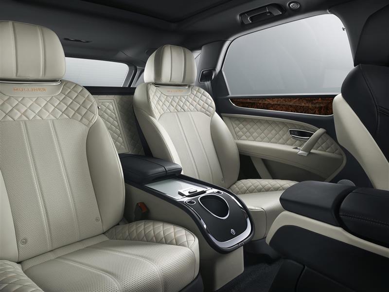 2017 Bentley Bentayga Mulliner Image