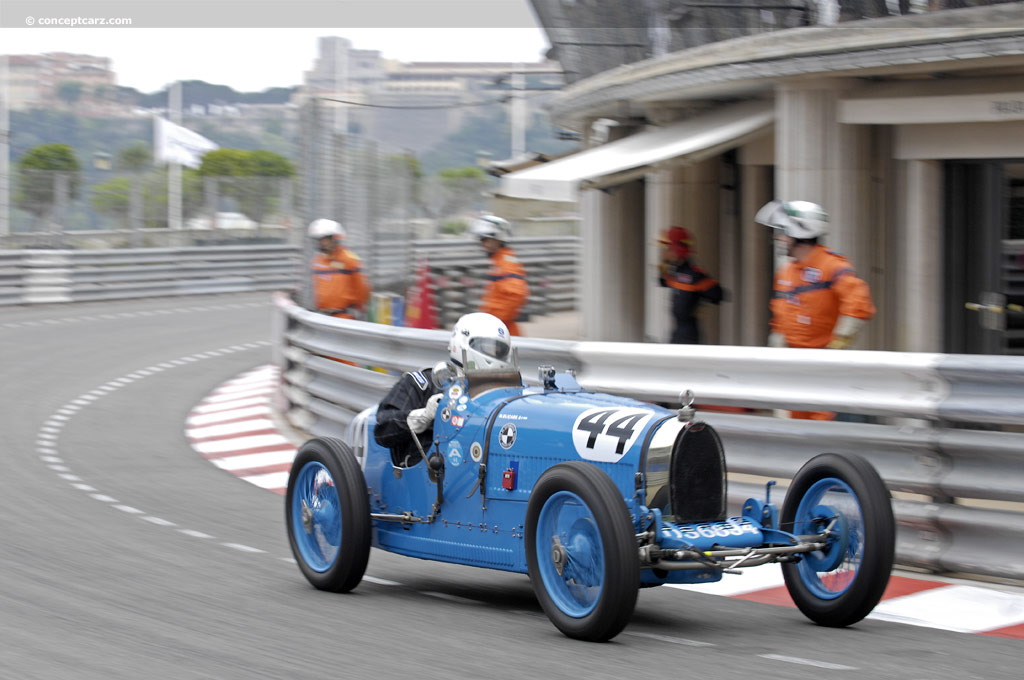 Bugatti Type 37 pictures and wallpaper