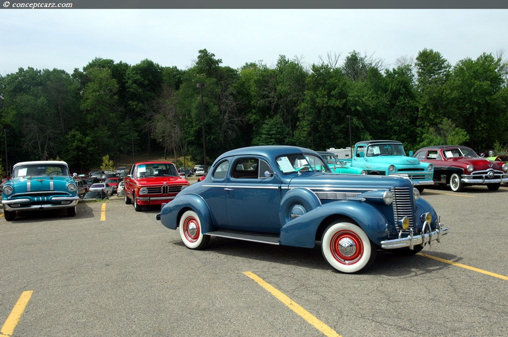 1938 Buick Series 40 Special Image