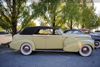 1940 Buick Limited Series 80 image.