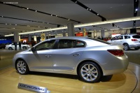 2010 Buick LaCrosse image.