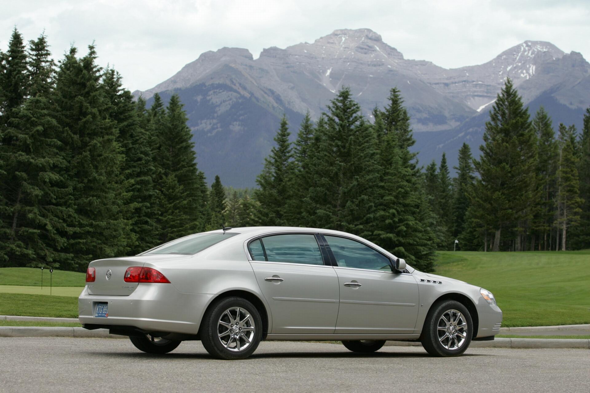 2008 Buick Lucerne - conceptcarz.com