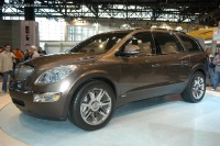 2006 Buick Enclave image.