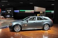 2011 Cadillac CTS Wagon image.