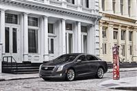 2017 Cadillac XTS image.