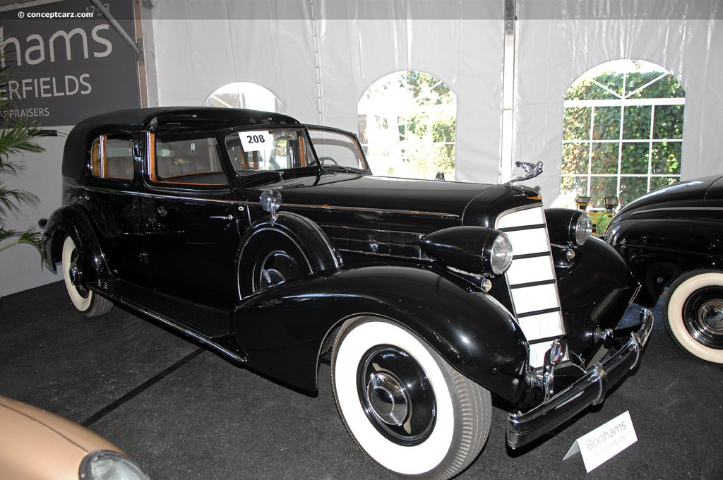 1935 cadillac model 370 d series 40 fleetwood twelve. Black Bedroom Furniture Sets. Home Design Ideas