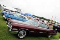Cadillac DeVille Coupe DeVille