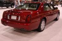 2004 Cadillac Seville image.