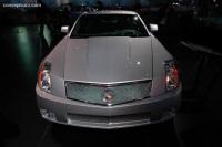 2006 Cadillac XLR image.