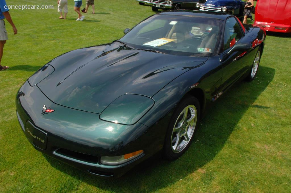 2001 chevrolet corvette at the pittsburgh vintage grand prix car show. Black Bedroom Furniture Sets. Home Design Ideas