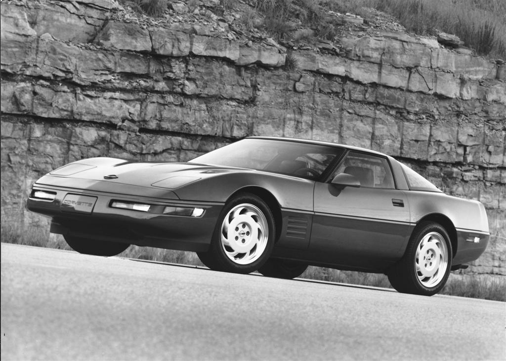 Chevy Muscle Cars >> 1991 Chevrolet Corvette C4 Pictures, History, Value, Research, News - conceptcarz.com