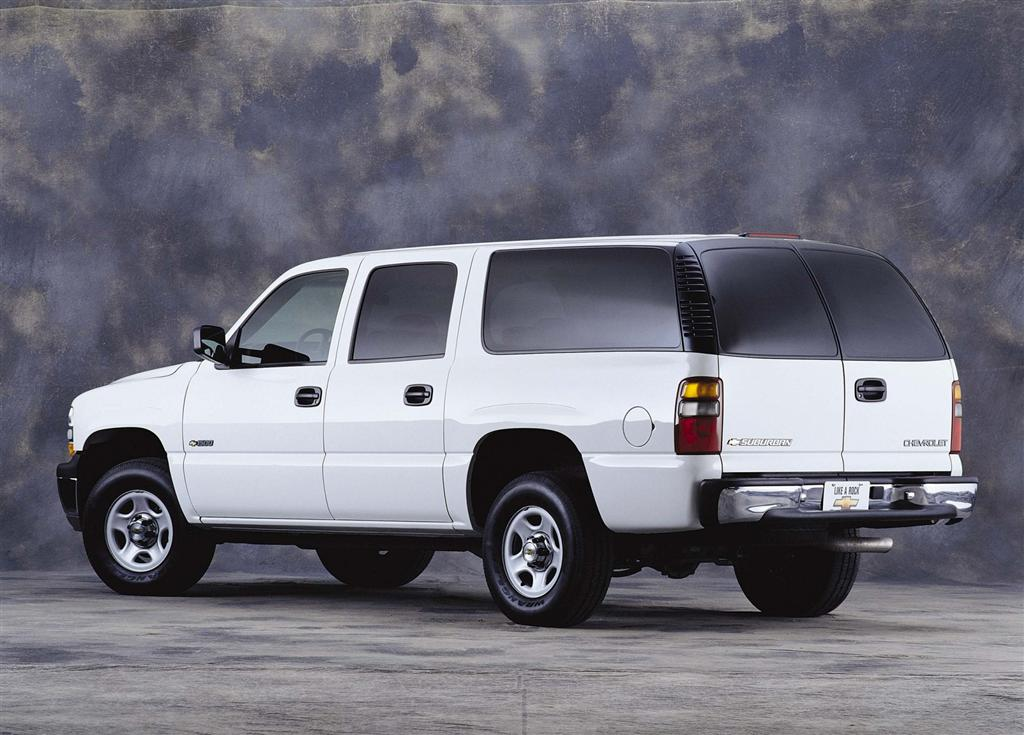 2001 Chevrolet Suburban Pictures History Value Research